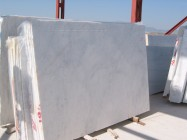 Detallo técnico: blanco ibiza, mármol natural a corte con diamante turco