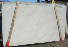 Suministro planchas mates 3 cm en mármol natural BIANCO CARRARA C 2273. Detalle imagen fotografías