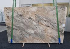 Suministro planchas pulidas 2 cm en brecha natural BRECCIA AURORA GL 1057. Detalle imagen fotografías