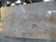 Suministro planchas pulidas 3 cm en granito natural MADURAI GOLD X. Detalle imagen fotografías