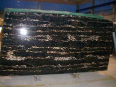 Suministro planchas pulidas 2 cm en mármol natural PORTORO EXTRA SR-2010017. Detalle imagen fotografías