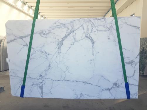 Suministro planchas pulidas 2 cm en mármol natural STATUARIO GL 1111. Detalle imagen fotografías