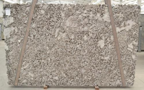 Suministro planchas pulidas 3 cm en granito natural BIANCO ANTICO BQ02188. Detalle imagen fotografías
