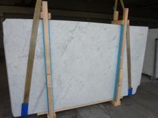 Suministro planchas pulidas 0.8 cm en mármol natural BIANCO GIOIA VENATO SC_978. Detalle imagen fotografías