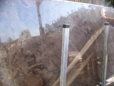Suministro planchas pulidas 2 cm en mármol natural BLACK SEA C-1007. Detalle imagen fotografías