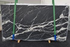 Suministro planchas mates 2 cm en mármol natural CALACATTA BLACK 1459. Detalle imagen fotografías