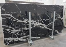 Suministro planchas pulidas 2 cm en mármol natural CALACATTA BLACK 1459. Detalle imagen fotografías