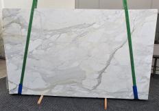Suministro planchas pulidas 2 cm en mármol natural CALACATTA CARRARA 1435. Detalle imagen fotografías