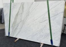 Suministro planchas pulidas 2 cm en mármol natural CALACATTA CREMO 1403. Detalle imagen fotografías
