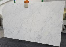Suministro planchas mates 2 cm en mármol natural CALACATTA MIELE 1303. Detalle imagen fotografías