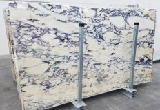 Suministro planchas pulidas 2 cm en mármol natural CALACATTA MONET 1371. Detalle imagen fotografías