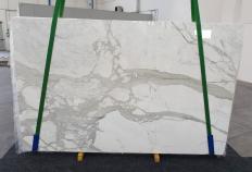Suministro planchas pulidas 0.8 cm en mármol natural CALACATTA ORO 1238. Detalle imagen fotografías