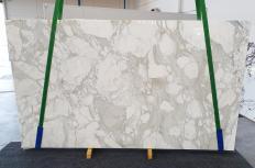 Suministro planchas pulidas 3 cm en mármol natural CALACATTA ORO 1274. Detalle imagen fotografías