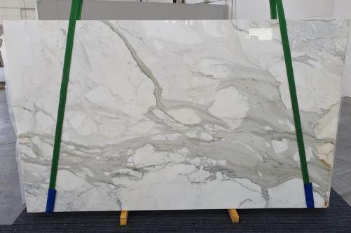 Suministro planchas pulidas 2 cm en mármol natural CALACATTA ORO 1227. Detalle imagen fotografías