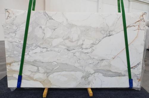 Suministro planchas pulidas 2 cm en mármol natural CALACATTA ORO 1232. Detalle imagen fotografías
