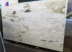 Suministro planchas pulidas 2 cm en mármol natural CALACATTA VAGLI VENA FINA Z0045. Detalle imagen fotografías