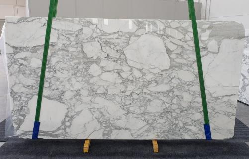 Suministro planchas pulidas 2 cm en mármol natural CALACATTA 1230. Detalle imagen fotografías