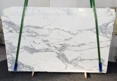 Suministro planchas pulidas 0.8 cm en mármol natural CALACATTA 1301. Detalle imagen fotografías