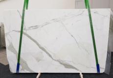 Suministro planchas mates 3 cm en mármol natural CALACATTA GL 1108. Detalle imagen fotografías