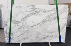 Suministro planchas pulidas 0.8 cm en mármol natural CALACATTA 1188. Detalle imagen fotografías