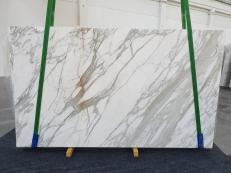 Suministro planchas pulidas 2 cm en mármol natural CALACATTA 1228. Detalle imagen fotografías