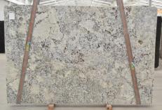 Suministro planchas pulidas 3 cm en granito natural DELICATUS 699. Detalle imagen fotografías
