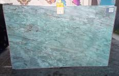 Suministro planchas pulidas 2 cm en cuarcita natural EMERALD GREEN Z0209. Detalle imagen fotografías