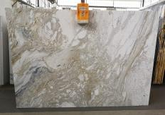 Suministro planchas pulidas 2 cm en mármol natural GOLDEN CALACATTA U0403A. Detalle imagen fotografías