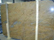 Suministro planchas pulidas 2 cm en granito natural GOLDEN OAK CV1_GOOA25. Detalle imagen fotografías