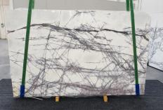 Suministro planchas pulidas 0.8 cm en mármol natural LILAC 1260. Detalle imagen fotografías
