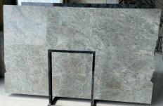 Suministro planchas pulidas 2 cm en granito natural LT GREEN D2109. Detalle imagen fotografías