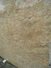 Suministro planchas pulidas 2 cm en granito natural MADURAI GOLD EDM25111. Detalle imagen fotografías
