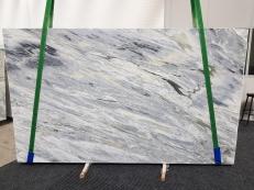 Suministro planchas pulidas 1.2 cm en mármol natural Manhattan Grey 1207. Detalle imagen fotografías