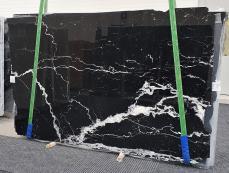 Suministro planchas pulidas 2 cm en mármol natural NERO MARQUINA 1378. Detalle imagen fotografías