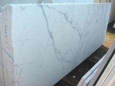 Suministro planchas pulidas 0.8 cm en mármol natural STATUARIO VENATO E-1203. Detalle imagen fotografías