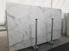 Suministro planchas pulidas 0.8 cm en mármol natural STATUARIO GL 1111. Detalle imagen fotografías