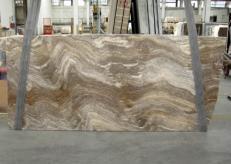 Suministro planchas pulidas 1.2 cm en travertino natural TRAVERTINO SILVER C-945. Detalle imagen fotografías
