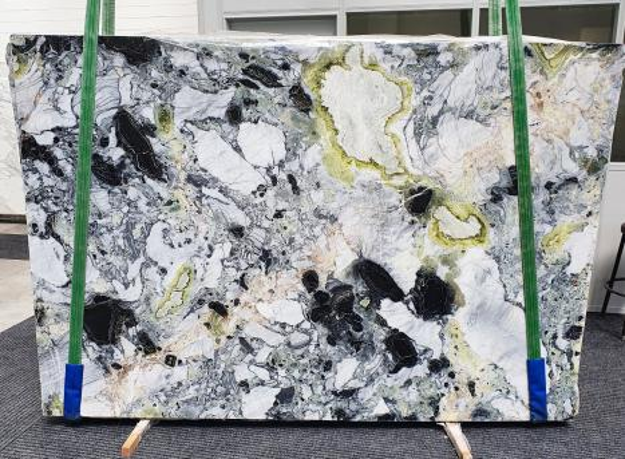 AMAZONIA Suministro Veneto (Italia) de planchas pulidas en mármol natural 1386 , Slab #13
