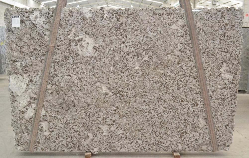 BIANCO ANTICO Suministro Victoria (Brasil) de planchas pulidas en granito natural BQ02188 , Bnd 24127