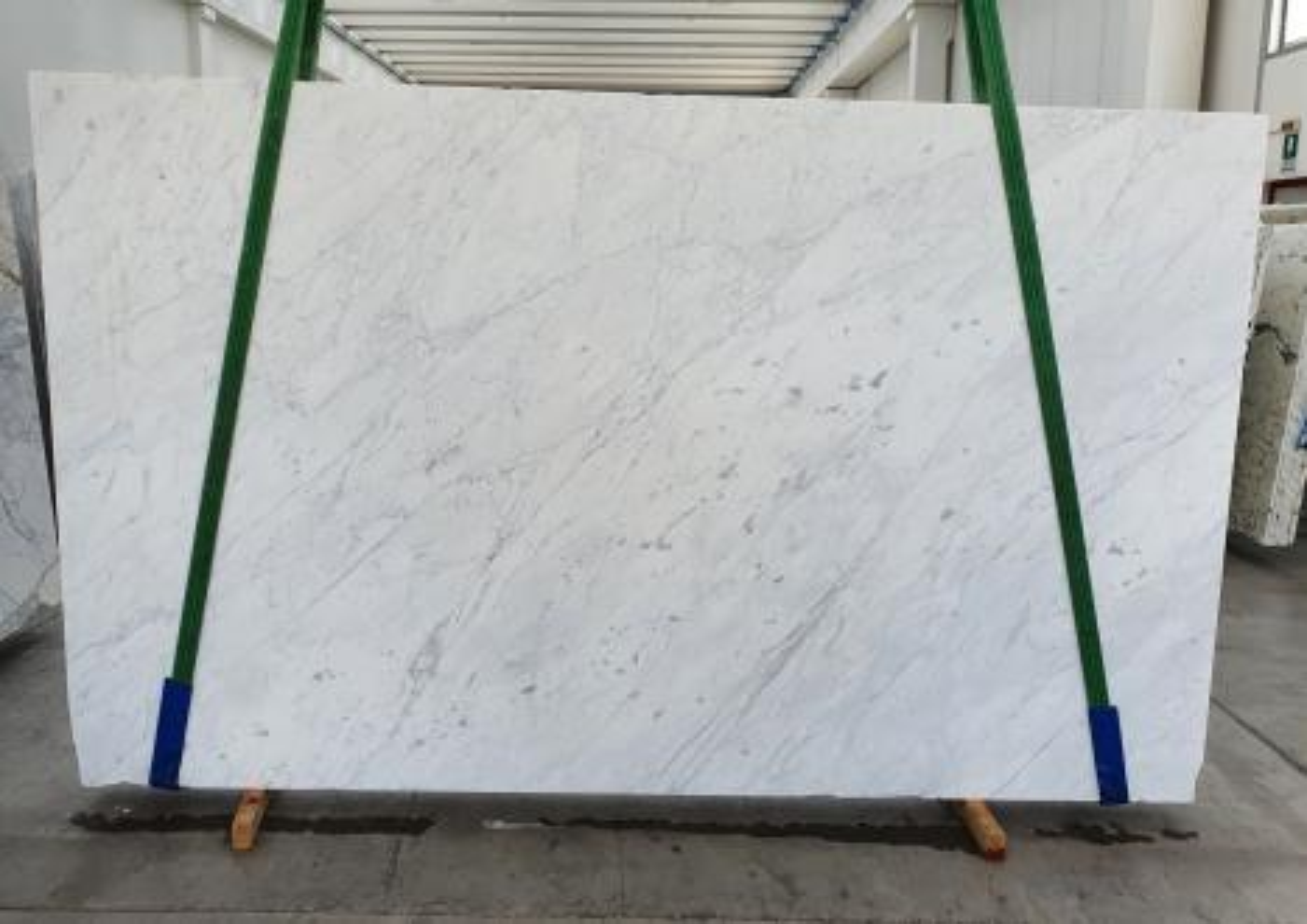 BIANCO CARRARA C Suministro Veneto (Italia) de planchas pulidas en mármol natural 1441 , Slab #14