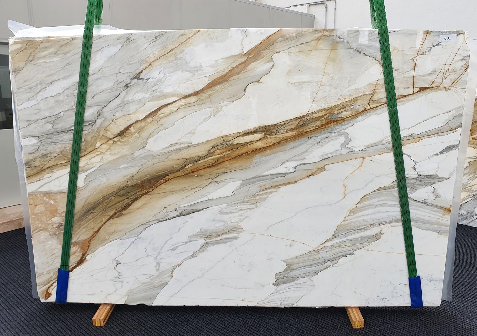 CALACATTA MACCHIAVECCHIA Suministro Veneto (Italia) de planchas pulidas en mármol natural 1354 , Slab #44