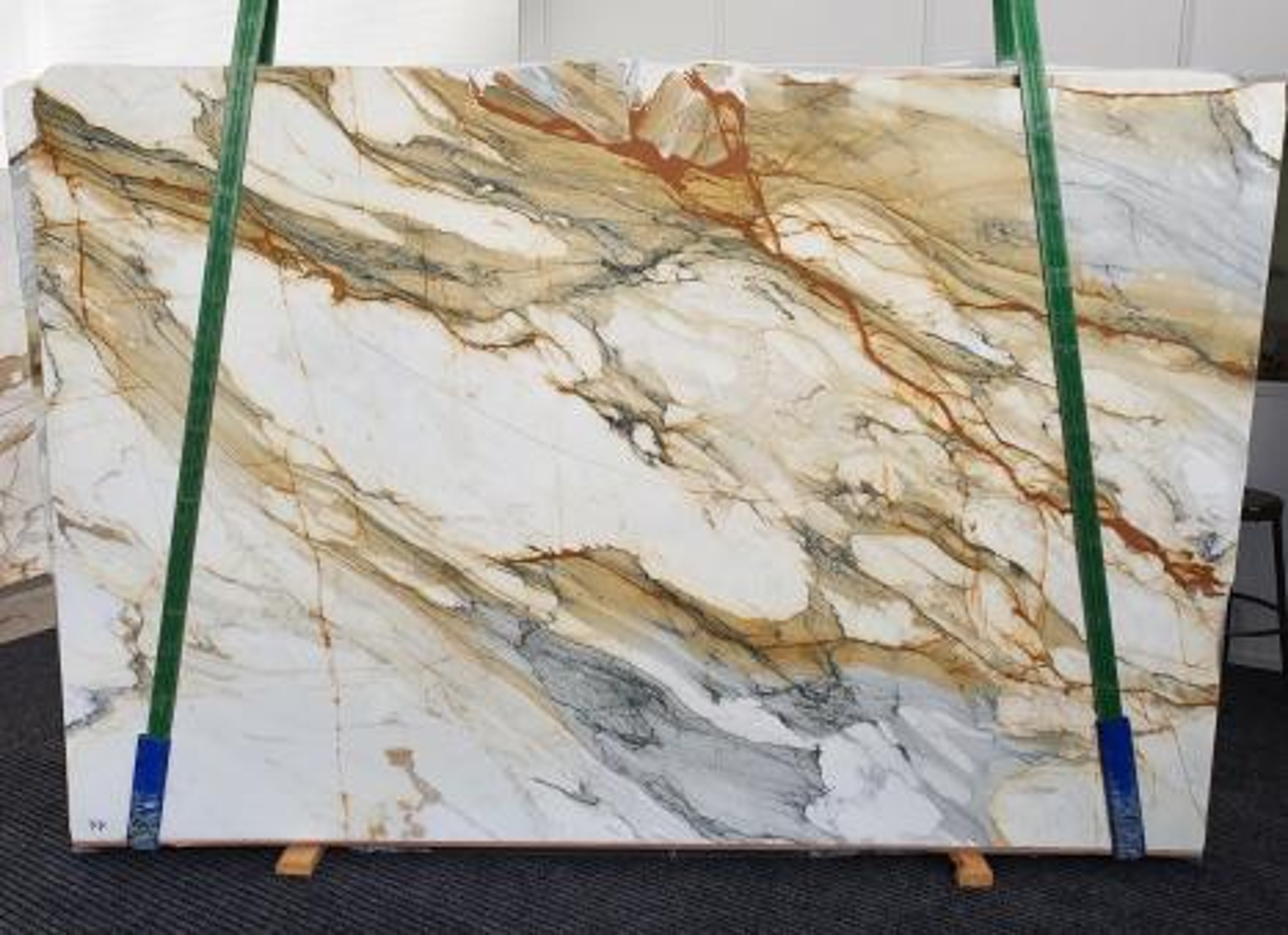 CALACATTA MACCHIAVECCHIA Suministro Veneto (Italia) de planchas pulidas en mármol natural 1422 , Slab #11