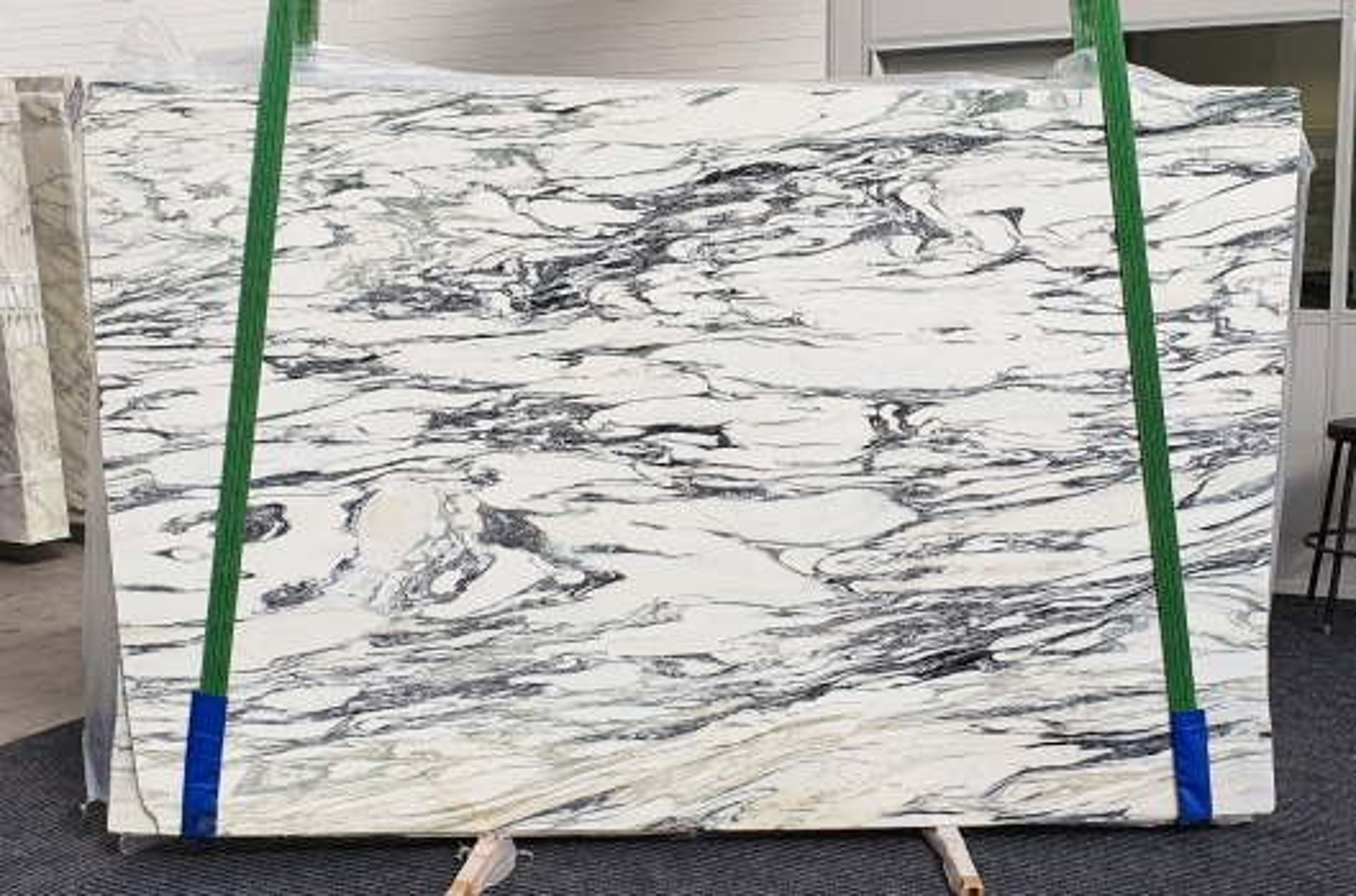 FANTASTICO ARNI Suministro Verona (Italia) de planchas pulidas en mármol natural 1190 , Bund #6-41