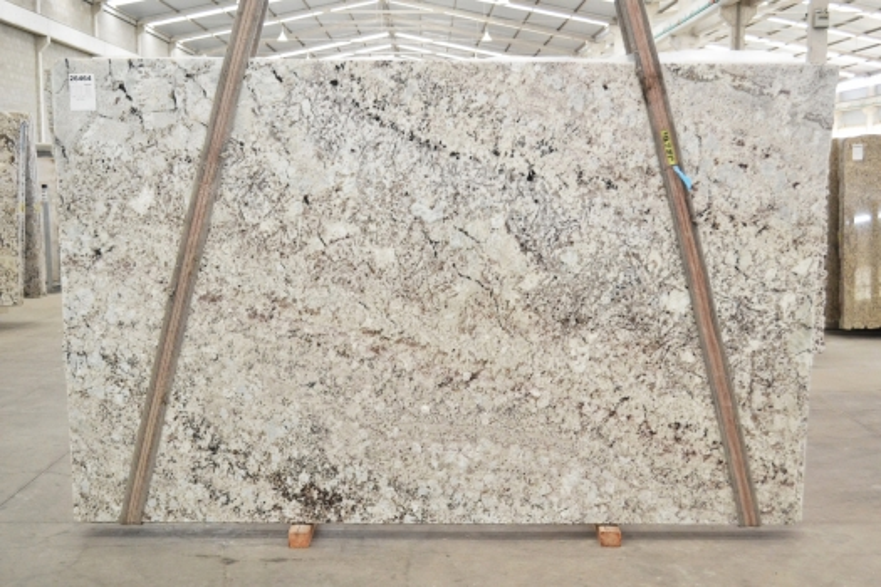 GALAXY WHITE Suministro Victoria (Brasil) de planchas pulidas en granito natural 01099 , Bdl #26464