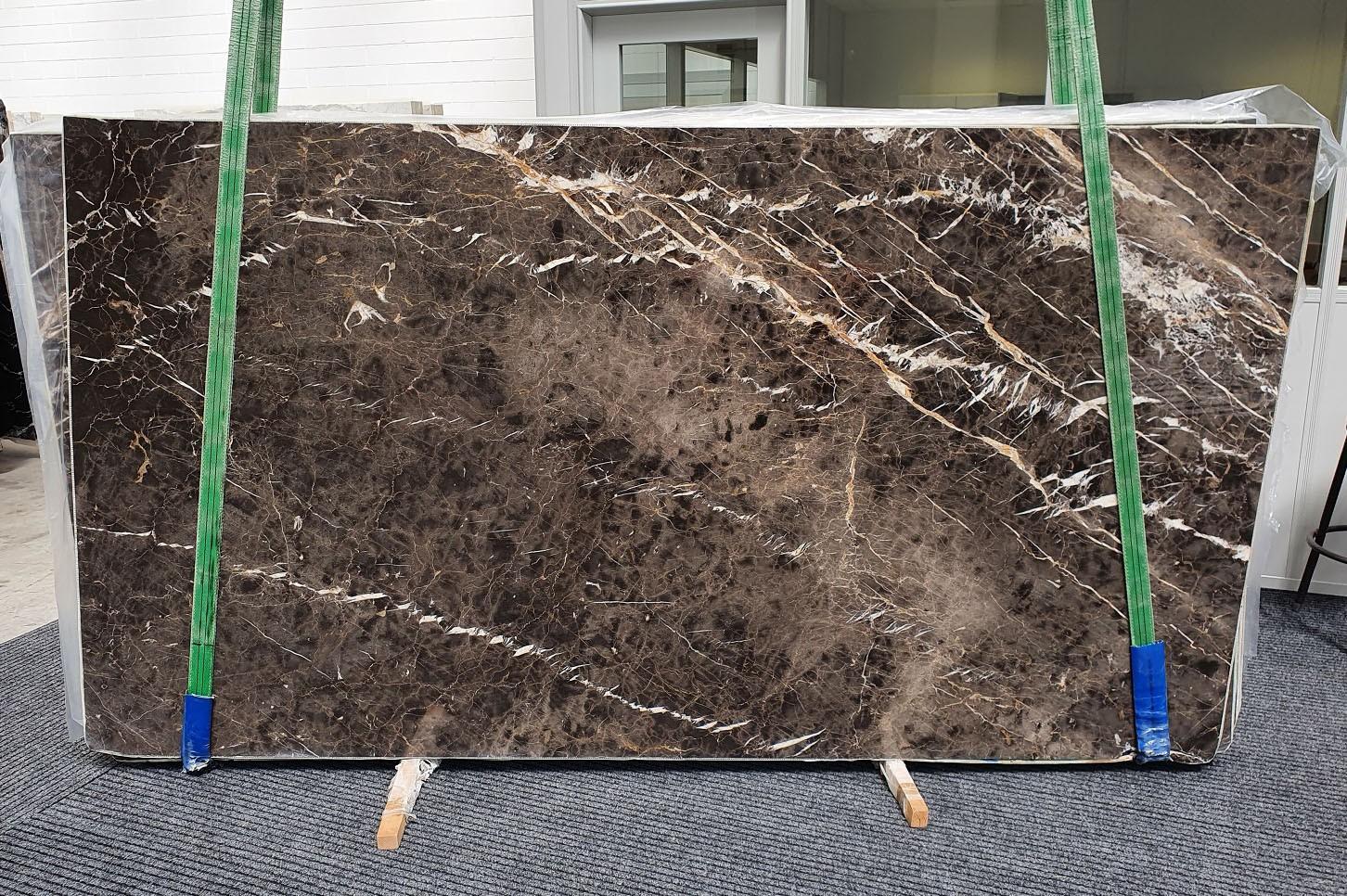 MARRON IRIS Suministro Veneto (Italia) de planchas pulidas en mármol natural 1404 , Slab #10