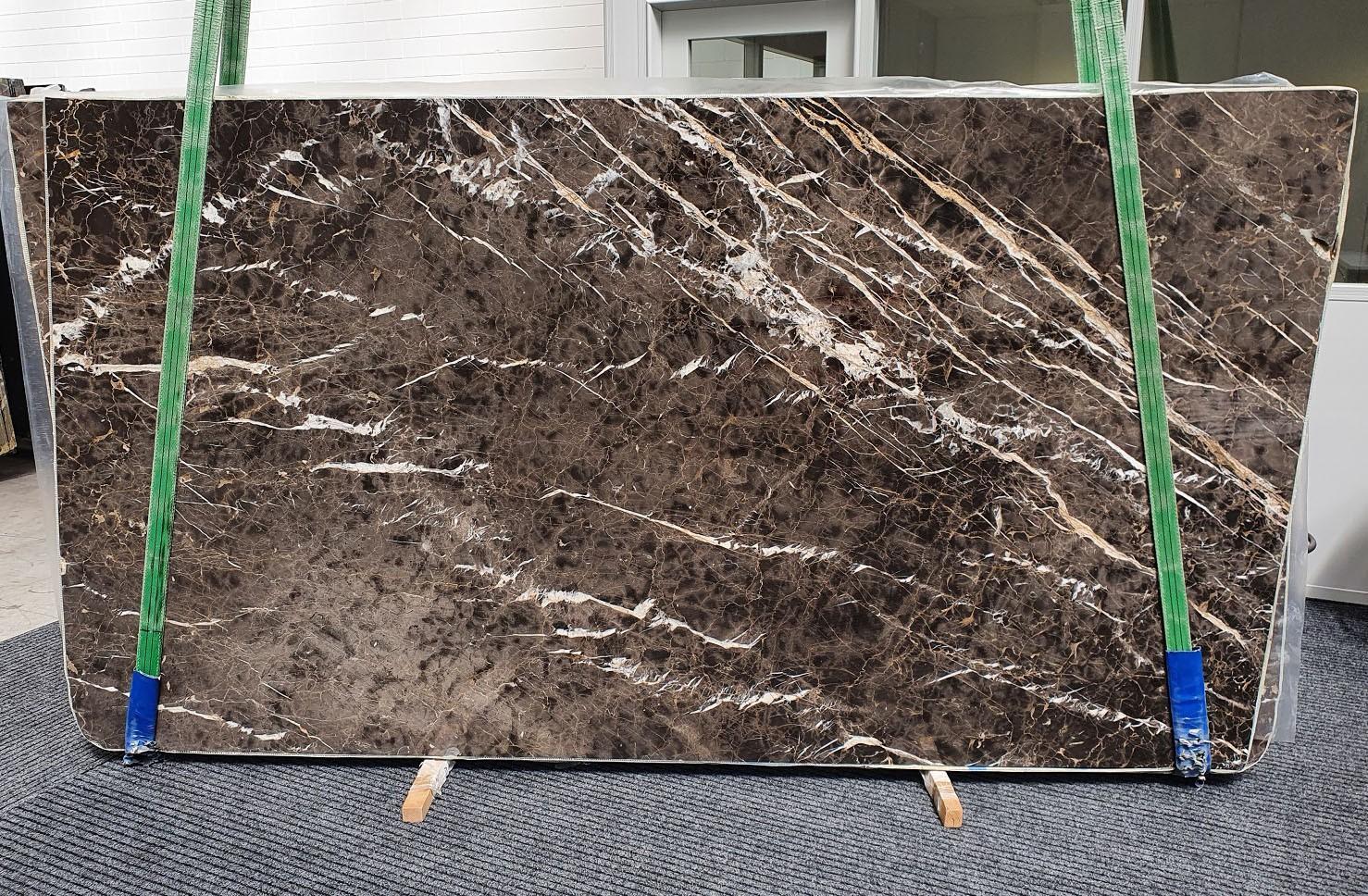 MARRON IRIS Suministro Veneto (Italia) de planchas pulidas en mármol natural 1404 , Slab #34