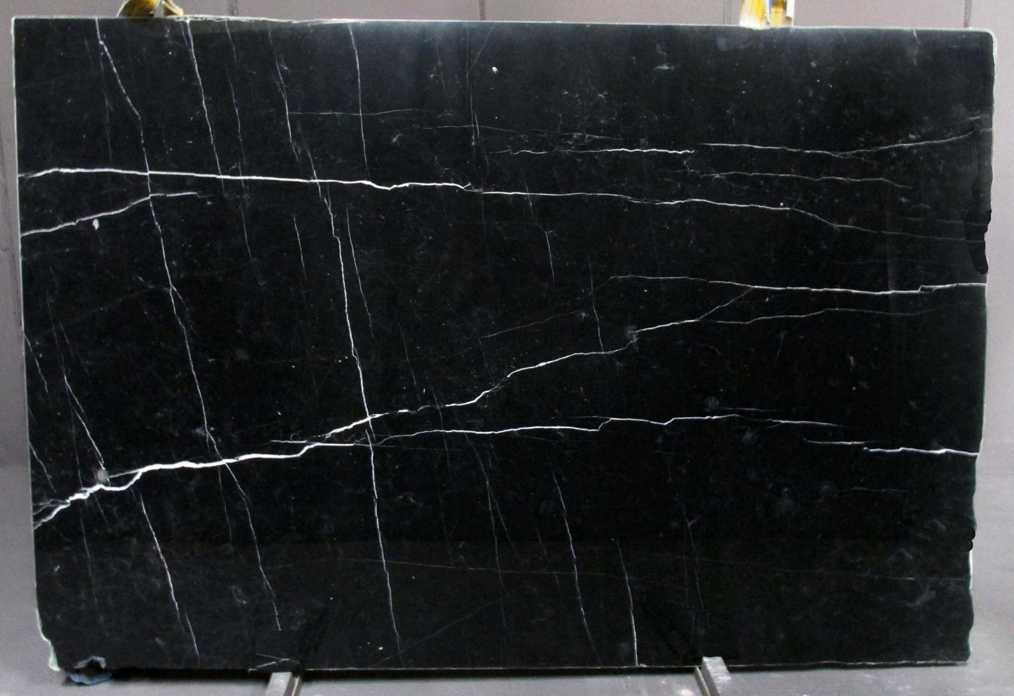 NERO MARQUINA Suministro Veneto (Italia) de planchas pulidas en mármol natural 1133M , SL2CM