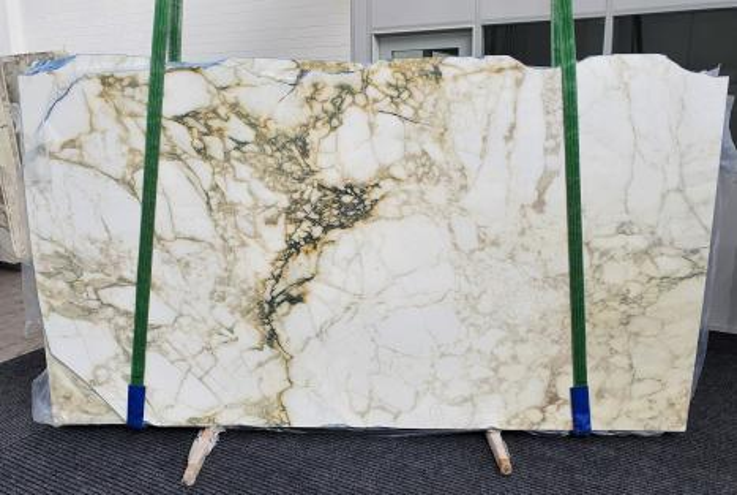 PAONAZZO VAGLI Suministro Veneto (Italia) de planchas pulidas en mármol natural 1363 , Slab #61
