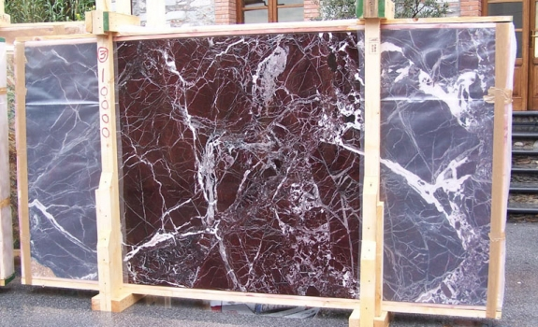 ROSSO LEVANTO Suministro (Italia) de planchas pulidas en mármol natural E-10003