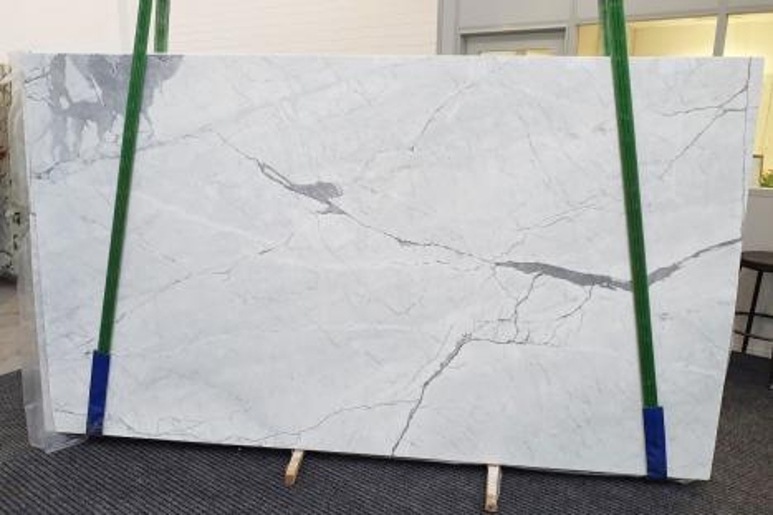 STATUARIETTO Suministro (Italia) de planchas pulidas en mármol natural 1290 , Slab #29